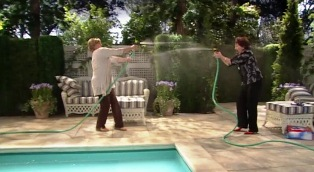 Hosefight3