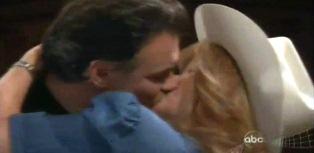 Cord tina kiss 1